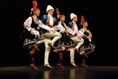 bulgarian-dancers